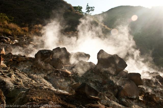 buchająca para gorących źródeł